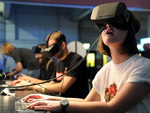 social-vr-featured-chris-700x420