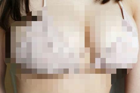 【画像】この地味顔の子の巨乳がいやらしすぎてワロタwwwww