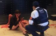 【閲覧注意】メンヘラ女の新宿殺傷事件、現場の写真がヤバすぎるwwww(画像あり)